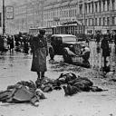 После обстрела города немецкой артиллерией <br />© Фотохроника ТАСС